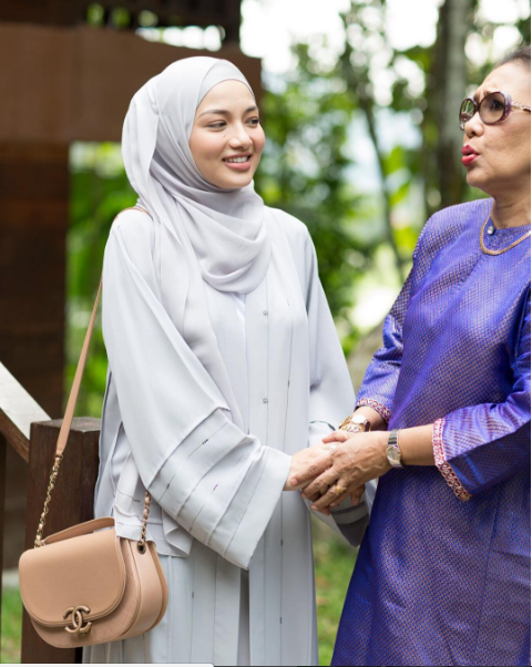 Cantik abaya yang dikenakan oleh Neelofa dalam drama Suri Hati Mr Pilot baru-baru ini