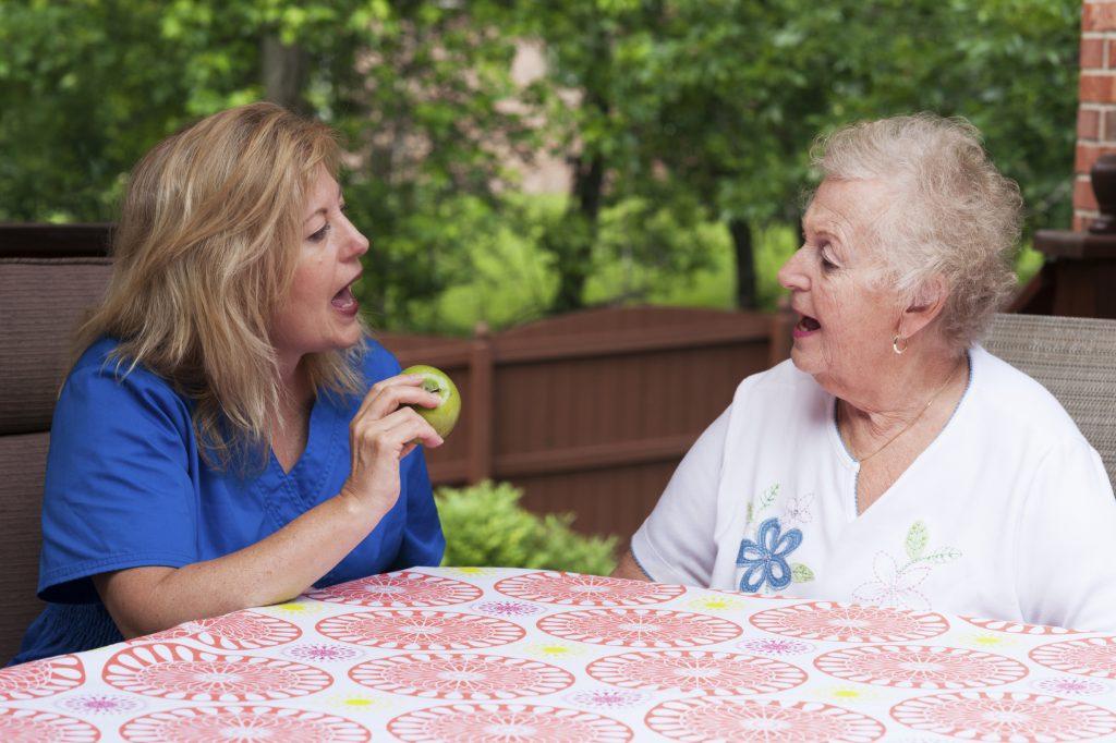 Terapi pertuturan antara rehab yang penting untuk dibuat oleh pesakit strok