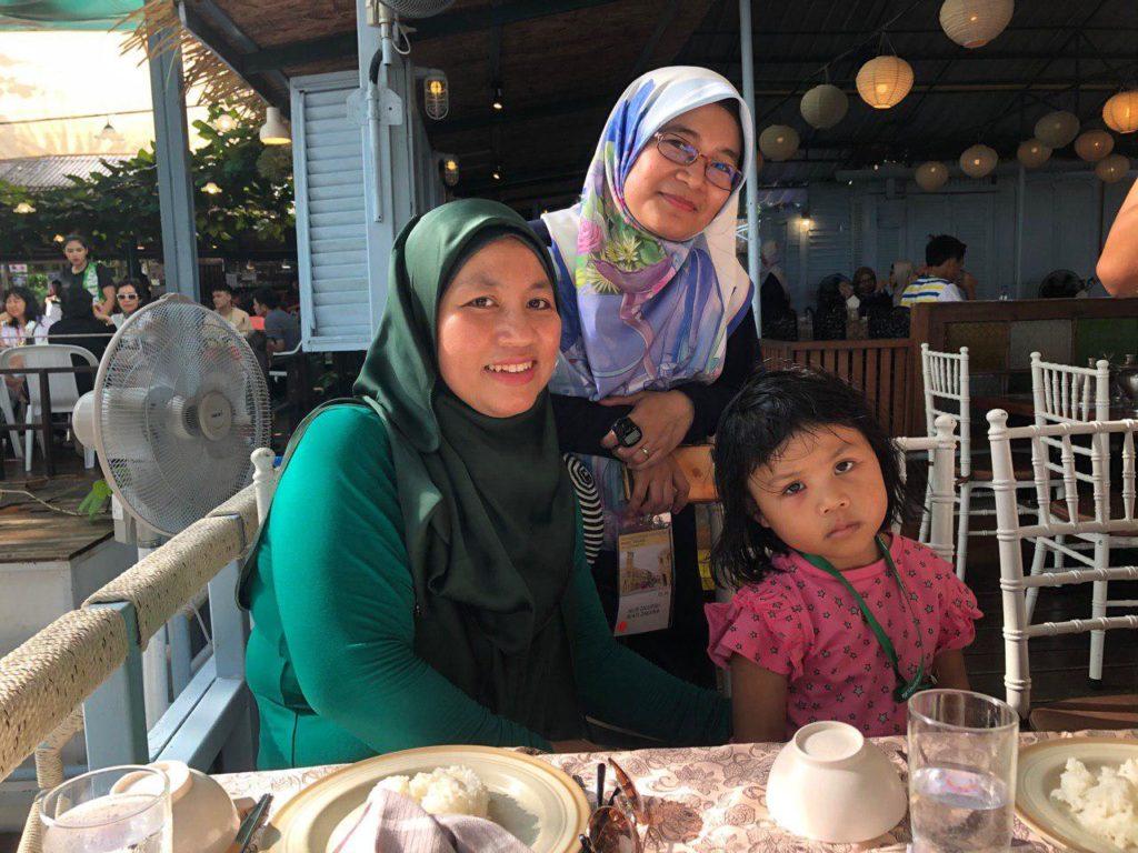 Bersama mentor / upline di Tunk-Ka Cafe Phuket